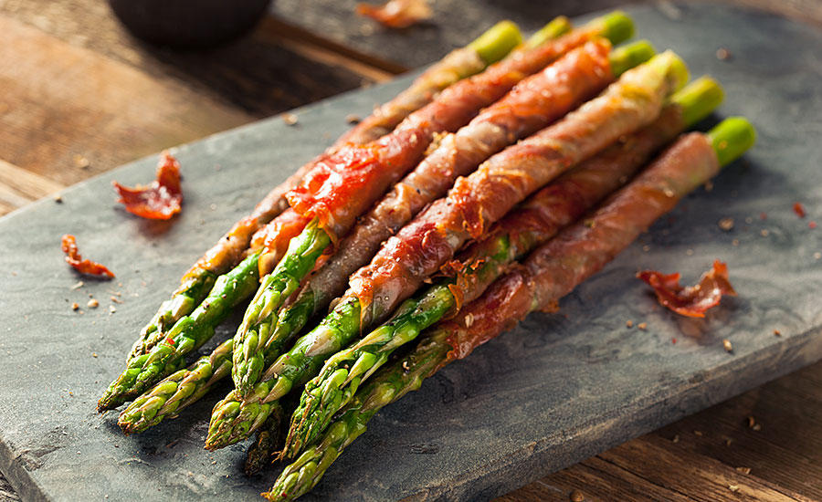 Asparagus Wrapped in Bacon